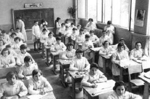 Escuela-tradicional